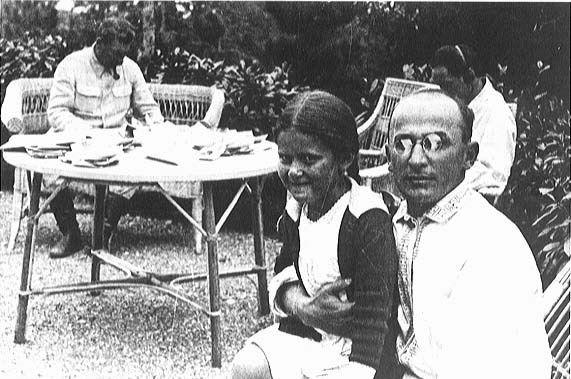 Beria, Stalin i córeczka Stalina. Gdyby tylko Iosif Wissarionowicz wiedział...