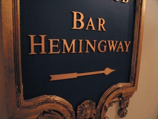 Jak widać, Hemingway dorobił się baru własnego imienia właśnie w paryskim Ritzu. Autor zdjęcia: Pablo Sanchez (licencja CCA 2.0)