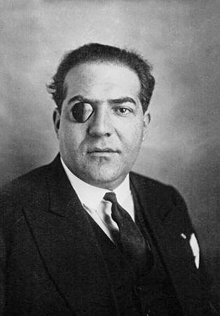 Xavier Vallat, podsekretarz stanu odpowiedzialny za sprawy żydowskie we Franci Vichy - zapiekły antysemita.