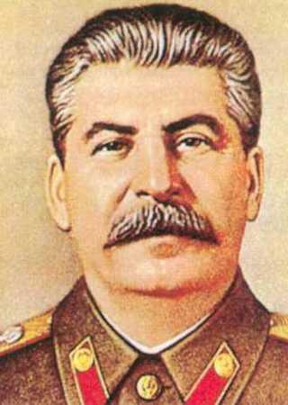 Mimo że wasalizacja Korei od początku wydawała się skazana na porażkę, to Stalin i tak nie zamierzał z niej zrezygnować.