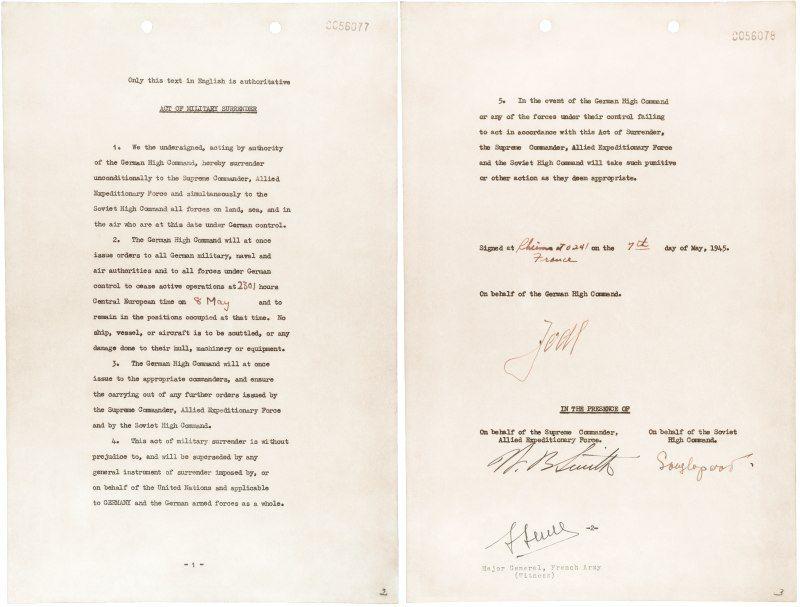 Akt kapitulacji Niemiec. Jeden z najważniejszych dokumentów w historii Europy przygotowano na kolanie w ostatniej chwili...
