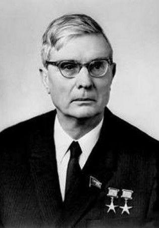 Michaił Susłow. To on stał na czele komisji, która zajmowała się sytuacją w Polsce (źródło: wikimedia commons, domena publiczna).