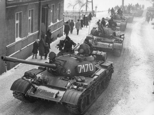 Wojciech Jaruzelski chciał wyprowadzić na ulice nie tylko polskie czołgi, ale też te radzieckie?