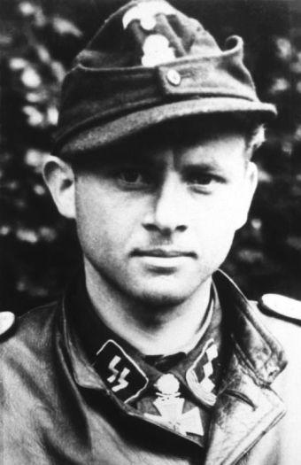 Wittmann na zdjęciu z czerwca 1944 roku.