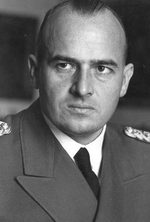Hans Frank zawisł na szubienicy 16 października 1946 r. niewiele jednak zabrakło, aby pożegnał się z tym światem w styczniu 1944 r.