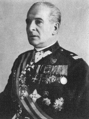 Ustatkowany dyplomata, generał Wieniawa-Długoszowski.