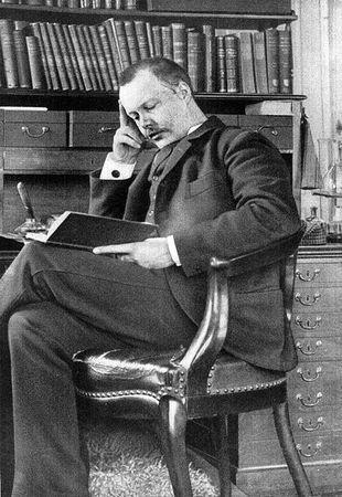Houston Stewart Chamberlain, to z jego teorii czerpał garściami Alfred Rosenberg
