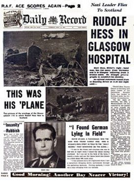 """Dziennik """"Daily Record"""" informuje o lądowaniu Hessa."""