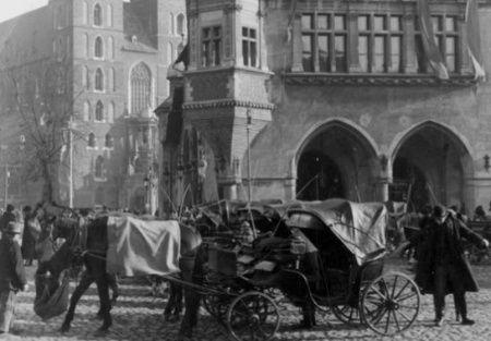 Tłuchowski swoją karierę rozpoczął na krakowskim bruku. I choć zaczynał skromnie, to ambicje miał wielkie.