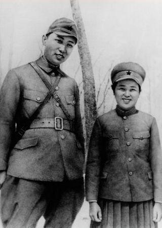 """Ślubna fotografia"" Kim Ir Sena i Kim Dzong Suk."
