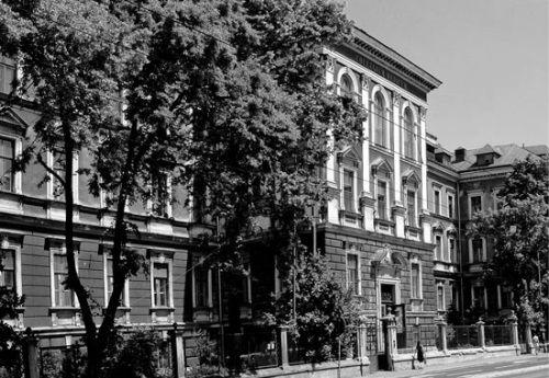 Zakładu Medycyny Sądowej w Krakowie. Zdjęcie współczesne ze strony internetowej Katedry Patomorfologii CM UJ.