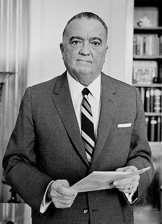 Dla szefa FBI Johna Edgara Hoovera, pojawienie się niemieckich dywersantów było świetną okazją do pokazania wartości jego agencji.