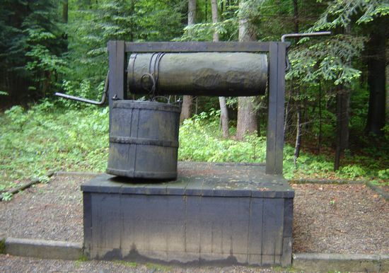 Model jednej z pierwszych kopanek używanych w Bóbrce (fot. Szczepan Zajdel).