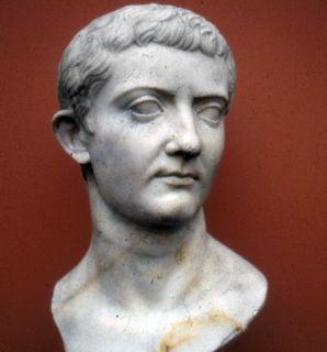 Popiersie cesarza Tyberiusza. Pierwszego z naszych czterech (anty)bohaterów.