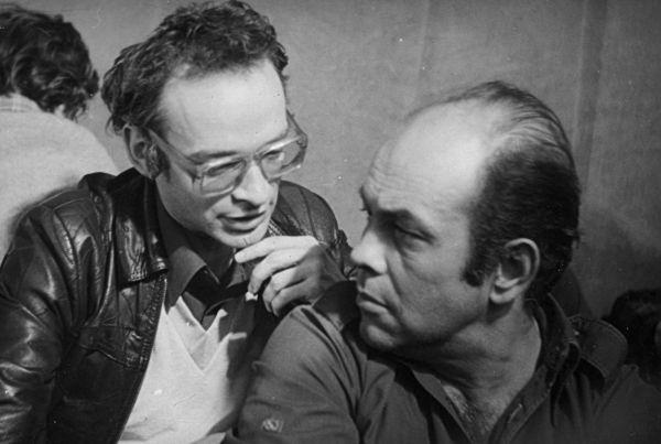 Jacek Kuroń i Jan Lityński. Już w 1981 roku mieli niemałe doświadczenie polityczne, ale to nie wystarczyło, by zapanować nad uczestnikami Zjazdu (fot. Andrzej Friszke, Rewolucja Solidarności, Znak 2014).