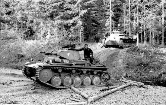 Nie miały w starciu z nim również żadnych szans czołgi Panzer II (źródło: Bundesarchiv; lic. CC ASA 3.0).