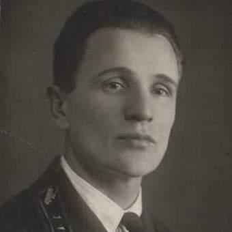 Zinowiej Kołobanow - postrach niemieckich pancerniaków we własnej osobie.