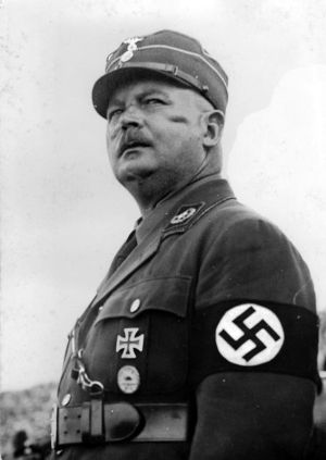 Ernst Röhm. Postrach chłopców z Hitlerjugend?