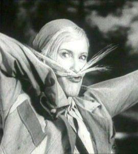 """Orłowa nigdy nie traciła werwy. Ta wszechstronna aktorka, znana między innymi z hitów """"Świat się śmieje"""", """"Wołga-Wołga"""" (na zdjęciu kadr z filmu) i """"Cyrk"""", nigdy nie traciła kontaktu ze swoją publicznością."""