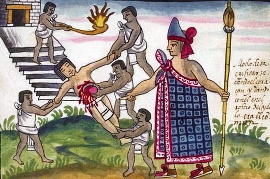 Zdaniem Azteków ofiary z ludzi były konieczne. Tylko dzięki nim można było ocalić świat od całkowitej zagłady. Miały one również zapewnić przychylność bogów odpowiedzialnych za codzienną egzystencję.