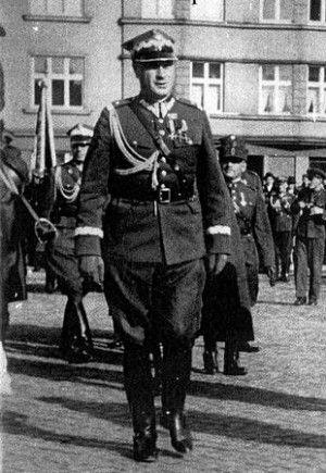 """Gen. Roman Abraham we własnej osobie. To on stał za """"polskim Blitzkriegiem""""."""