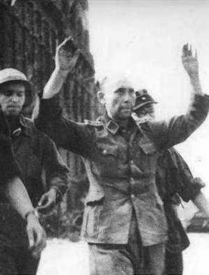 Na litość ze strony powstańców na pewno nie mógł liczyć ten, pojmany w budynku PAST-y, SS-Sturmscharführ.