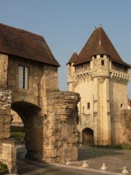 Pozostałości murów miejskich w Nevers, mateczniku polskich królowych . (fot. Aleksandra Zaprutko-Janicka)
