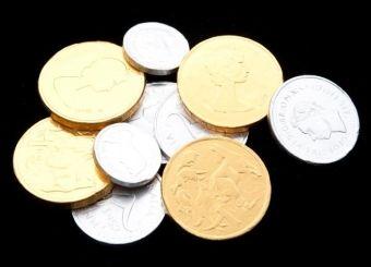Kupka pieniędzy... (fot. christmasstockimages.com; lic. CC A 3.0)
