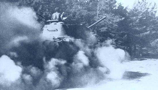 Czy i w tym czołgu 1. Brygady Pancernej jedzie radziecka załoga? To całkiem prawdopodobne.