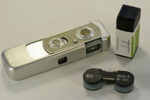 Minox. Taki aparat był na wyposażeniu każdego szanującego się, socjalistycznego szpiega. Także Alice (fot. Hustvedt; lic. CC ASA 3,0).