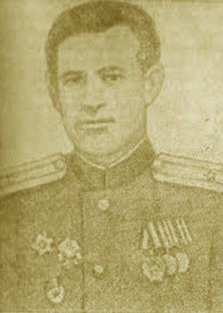 A oto i kapitan Gienadij L. Diaczenko we własnej osobie.